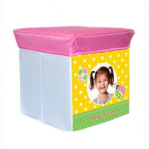 כסא אחסון לילדים עם שם עיצוב חיפושית תמונה